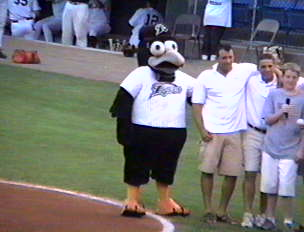 The Ravens Mascot - Rally - New Haven